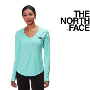 The North Face Reaxion AMP Long Sleeve Top🎉M